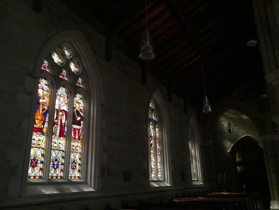 St. David's Cathedral: Beautiful stained glass windows inside. Perfect when in late afternoon watching the sun come thr