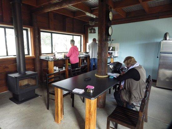 Walcha Caravan Park: camp kitchen interior