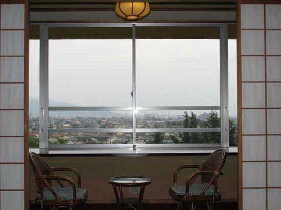 Hotel Kaminoyu Onsen : この日は曇りで展望はなし