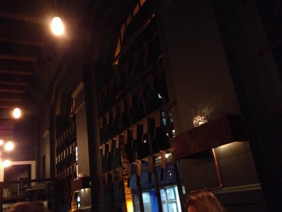 Bar central picture of cleaver east dublin tripadvisor - Decoration des mures ...