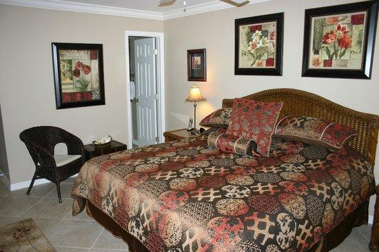 White Sands Village : master bed
