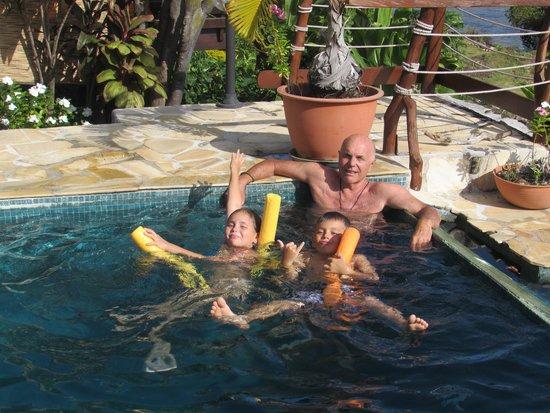 Fare D'Hote Tehuarupe Hotel: la piscine