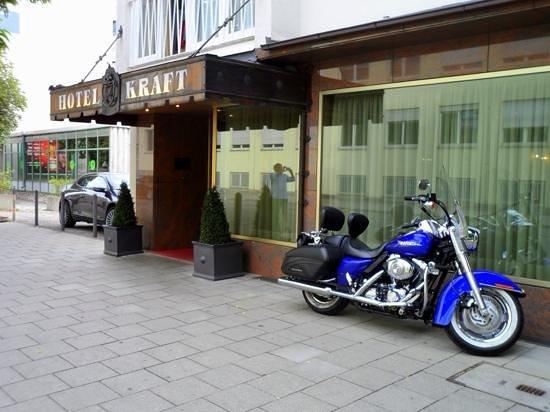 Kraft Hotel: entrata
