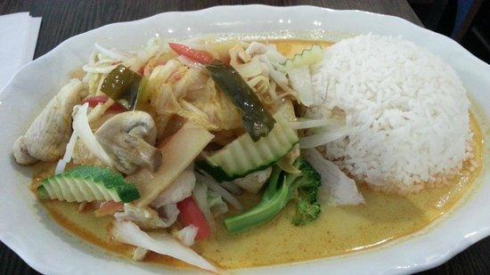 Dos Vietnam Street Food