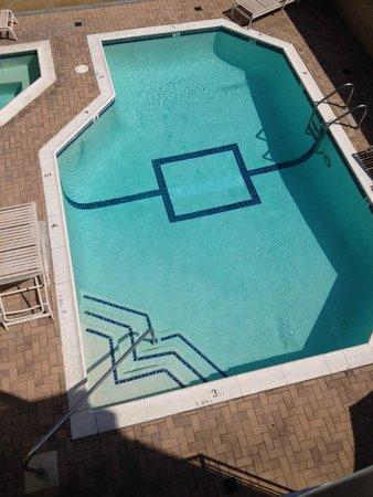 Comfort Inn Near Pasadena Civic Auditorium: La piscine
