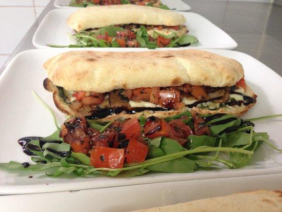"Lov'eat: Les sandwichs ""saltimbocca"""