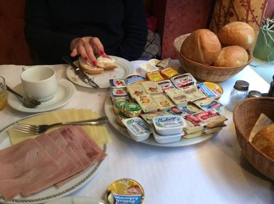 Cardiff Hotel Restaurant: Breakfast At The Cardiff Hotel