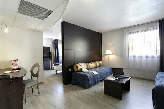 chambre confort picture of inter hotel alteora site du futuroscope chasseneuil du poitou. Black Bedroom Furniture Sets. Home Design Ideas