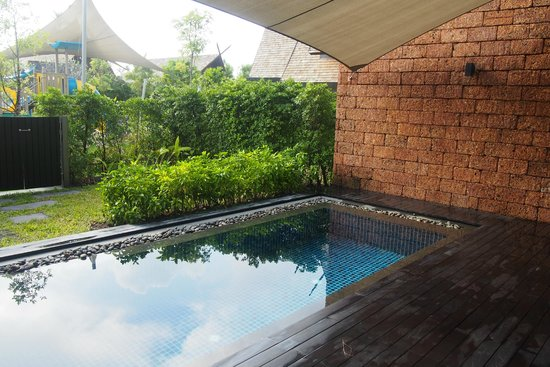 Anantara Vacation Club Phuket Mai Khao: Private plunge pool. The kids playground is just outside.