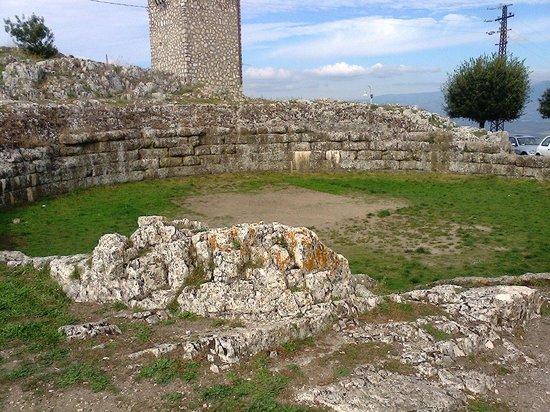 Segni, Itálie: Cisterna romana
