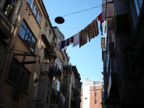 Taksim Istanbul Apart: Strada