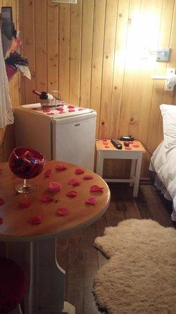 Pousada Villa D'Amore: Decoração do quarto