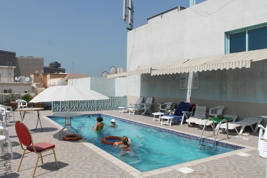 San Marco Hotel: бассейн на крыше 5 этажа