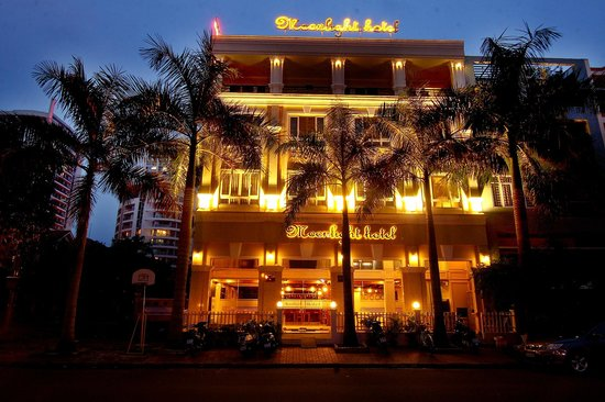 Moonlight Hotel - Saigon South