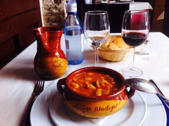 El Fogon Sefardi Restaurante: Judíones de la granja exquisitos
