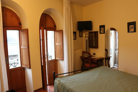 Hotel Restaurant Pallotta Assisi : Room #12-Rosa Room
