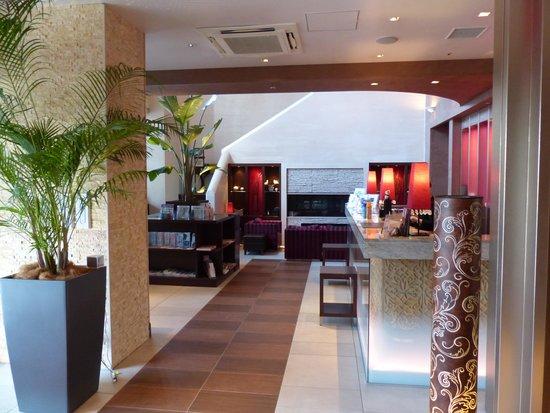 Hotel Coco Grand Ueno Shinobazu : アジアンテイストなロビー