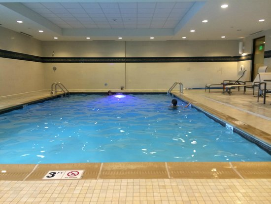 Hampton Inn & Suites Edgewood/Aberdeen-South: Pool was clean