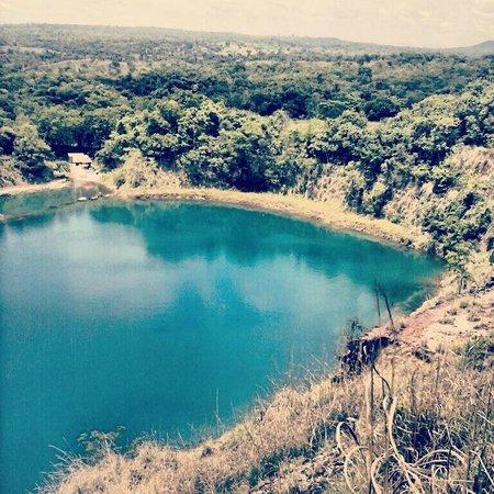 Mara Rosa: Lago Azul