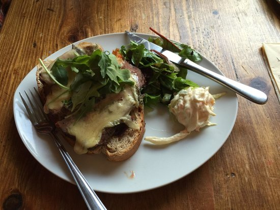 Lucy's on a plate: Blue beef sandwich, beautiful!