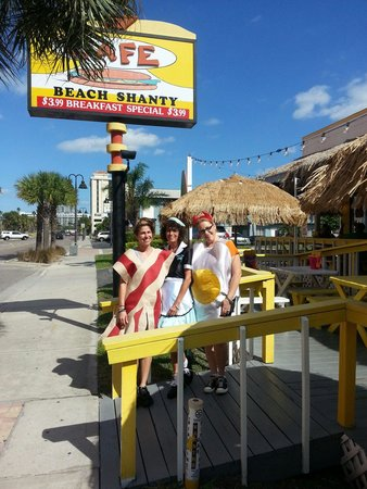 Beach Shanty South: Bacon and eggs and diner waitress greet you on Halloween.