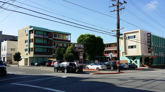 Motel Capri: Motel from Greenwich Street