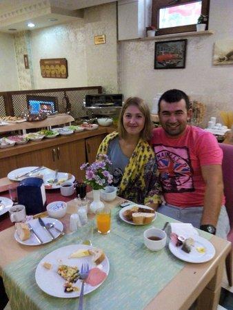 Maritime Hotel: Завтракаем.