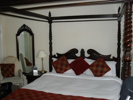 Corncroft Guest House: Large rooms