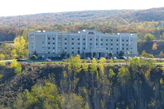 Hampton Inn & Suites Wilkes-Barre: wonderful setting