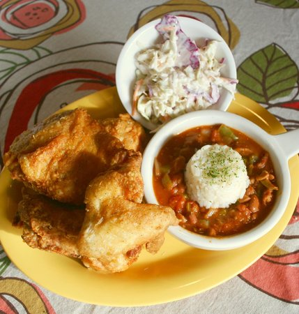 Rendezvous Restaurant: World Famous Fried Chicken