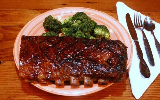 Rendezvous Restaurant and Lounge: Rib dinner