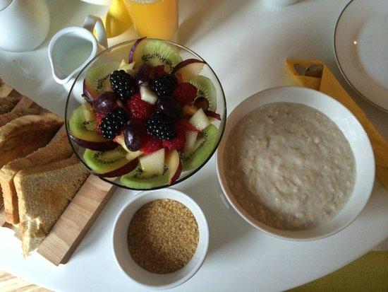 The Copper House - Portreath: porridge with Linda's own fresh fruit salad