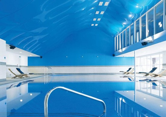 Formbypool picture of formby hall golf resort spa formby tripadvisor for Southport hotels with swimming pool