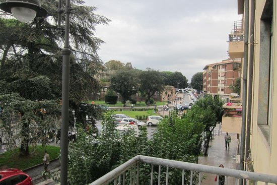 A Due Passi Dal Treno : View from my balcony