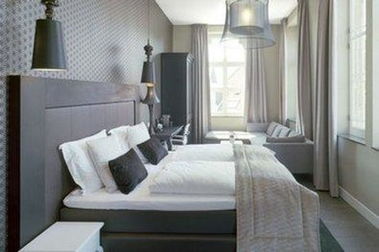 Hotel Merici: Guest room