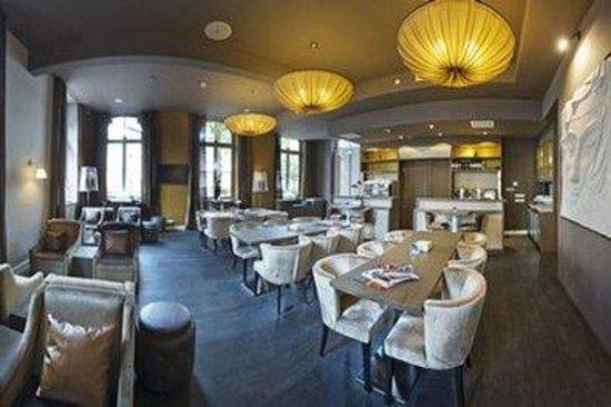 Hotel Merici: Bar/lounge