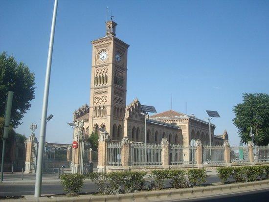 Estación del Ferrocarril: Visual lateral