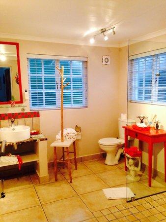 Stannards Guest Lodge: Badezimmer