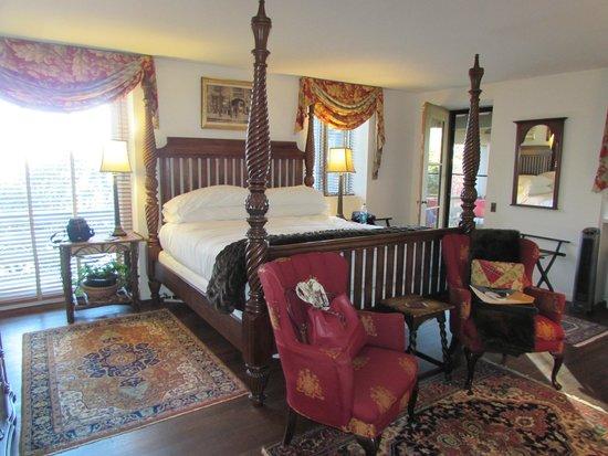 Gideon Ridge Inn: Old Masters Suite