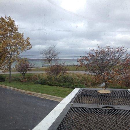 Sleep Inn & Suites Acme - Traverse City : Fall view of the bay in Sleep Inn's parking lot.