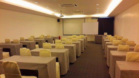 T Hotel Sungai Petani: Meeting room