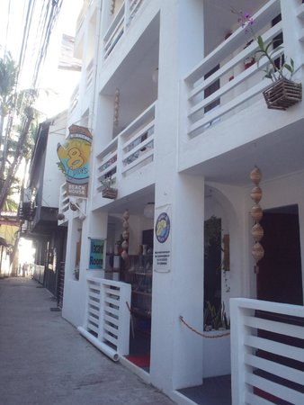 8colors beach house updated 2018 prices guest house reviews boracay philippines tripadvisor