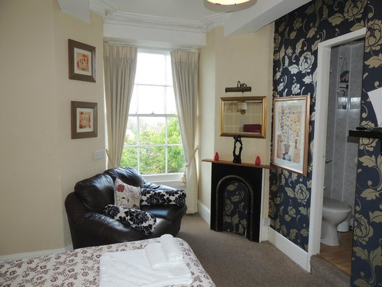 Castlebank Hotel: Our room