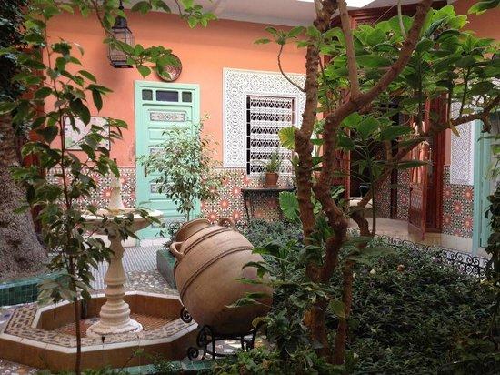 Le Gallia: 中庭と部屋のドア