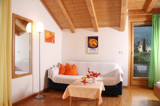 Ferienwohnungen Grazia-Dei: verwandelbare Couch