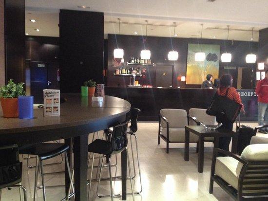 Hotel Mercader : reception