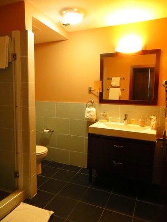 Hotel Sarah Nui : Bathroom