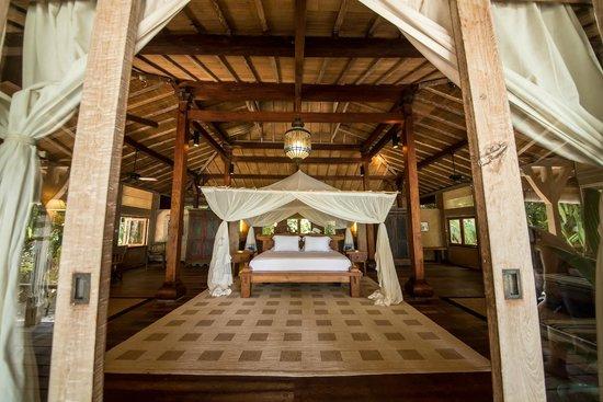 Joyo Island, Indonesia: Java palace
