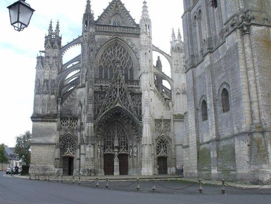 Abbaye de la Trinite: Facade