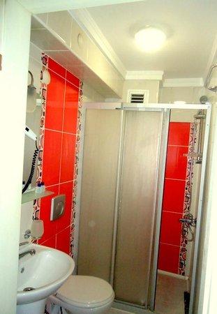 Hotel Antik Ipek: BATHROOM